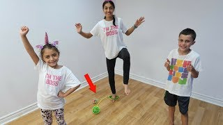 KIDS ANKLE SKIP BALL TOY CHALLENGE! family fun video