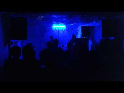 Alien She - Live at Tenterhooks, Dublin 06/07/15