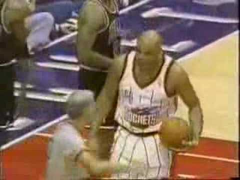 04.03.98 Houston Rockets vs Chicago Bulls Part 1