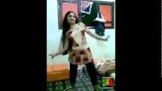 PESHAWARI HOT SEXY GIRL DANCING 2010