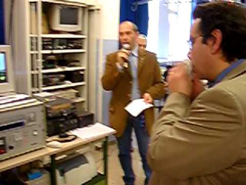 Ariss school contact  1° telebridg made in italy  i2jry iz2pbm and  mike fink  ke5ait .AVI
