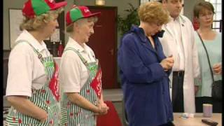 Dinnerladies - Series 2 - Episode 10 - Part 3