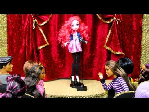 How to Make a Doll School: Stage   Plus Custom Equestria Monster Pinkie Pie
