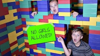 Boys Only GIANT LEGO FORT! No Girls Allowed