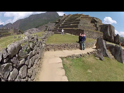 3D Audio Machu Picchu Hike (Wear Headphones) - Smarter Every Day 68A