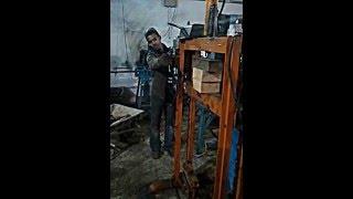 Play presse hydraulique fait maison moins de 30 for Arbalete fait maison puissante