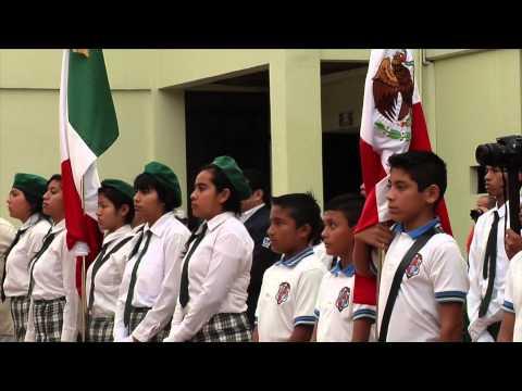 Coatzacoalcos celebra el día de la bandera