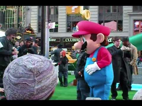Super Mario 3D Land Launch Event at Times Square