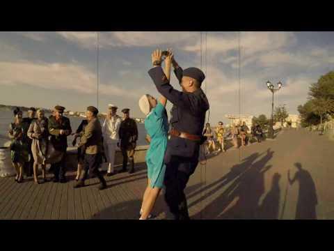 Наш Крым | Part 9 | Севастополь, Флешмоб | Парад одежды 30-50хх | Путешествие в Крым на авто
