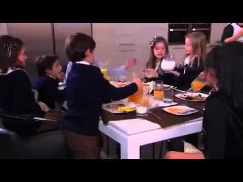 MCET-  Ana y Los Siete Cantam