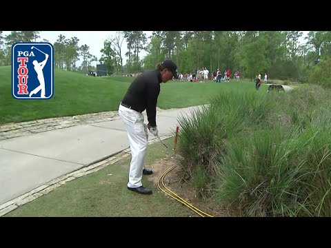 Phil Mickelson swings righty and golf ball hits leg at 2010 Houston Open