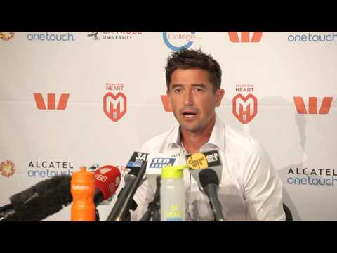 Harry Kewell announces retirement