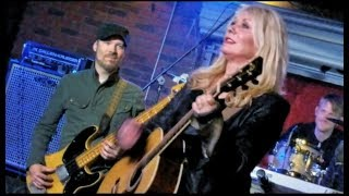 Nancy Wilson Joins Nuno Bettencourt Friends At Soundcheck Live In Hollywood