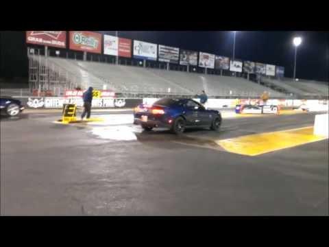 2010 Mustang GT vs. 2011 Mustang V6