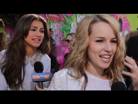 2013 Kids' Choice Awards - Zendaya, Bridgit Mendler & Bella Thorne Talk 1-DAY Dreams
