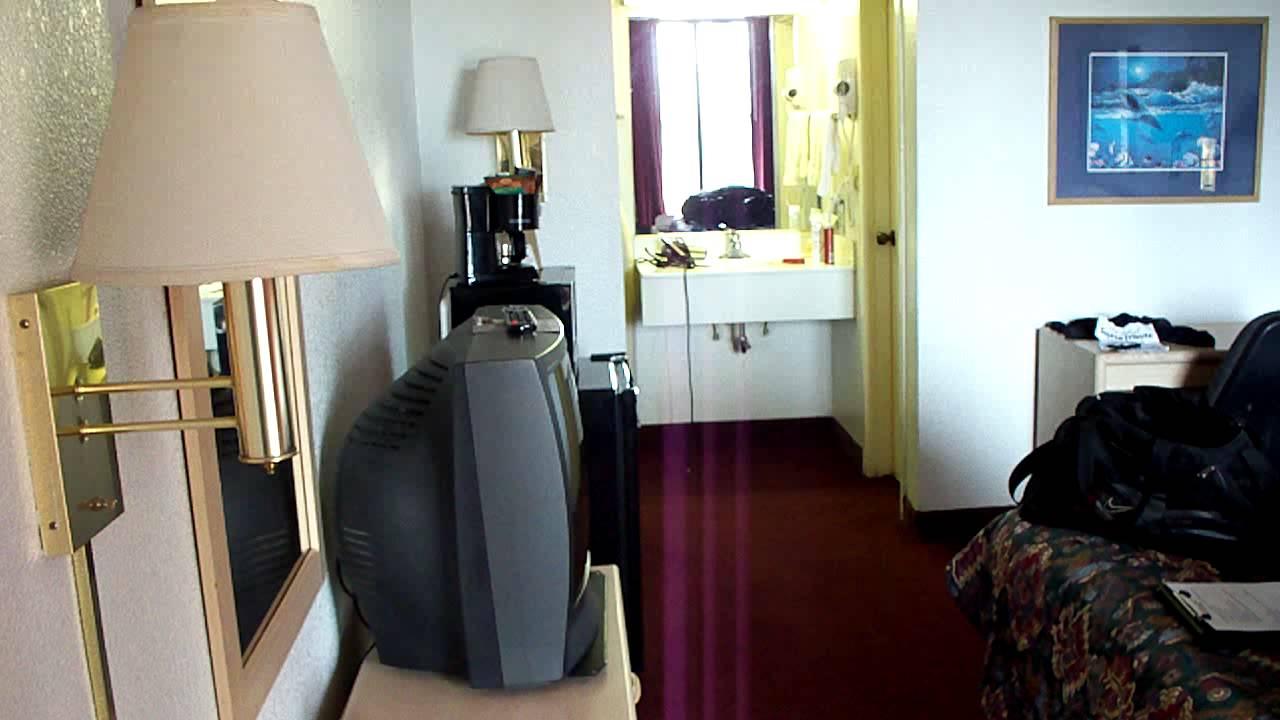 Days Inn Room Selena Got Shot Inside Of On March 31  1995  Room 158  Now Room 150