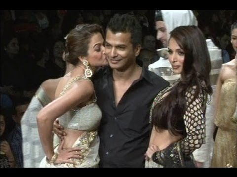 Amrita Arora Hot Kiss