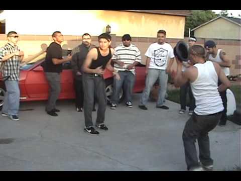 Cholos Bailando Cumbia Parody