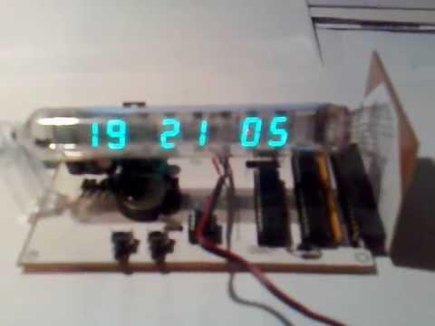 Zegar na lampie IW-18