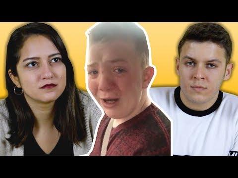 Gençlerin Tepkisi: Okulunda Ezilen Çocuklar (KEATON JONES)