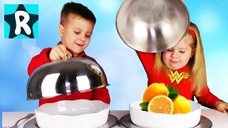 Обычная Еда против Мармелада Челлендж #2! Рома ПЛАЧЕТ?! Real Food vs Gummy Food - Candy Challenge