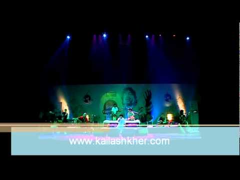 Kailash Khers Kailasa performing Allah ke Bande - Unplugged