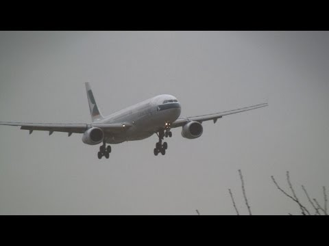 Storm!! Cathay Pacific Airways Airbus A330-300 Crosswind Landing at Narita