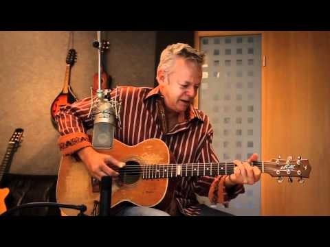 Tommy Emmanuel - Classical Gas (by Mason Williams)