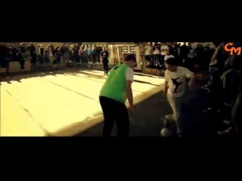 The Most Amazing Street Soccer And Football Freestyle 2014 Hd video