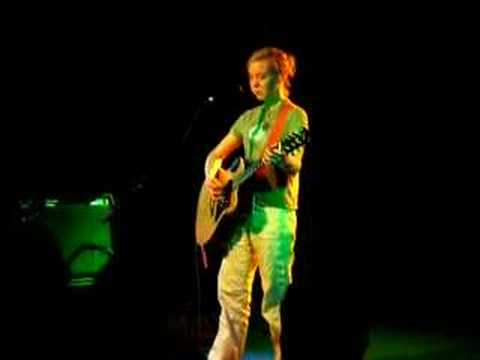 Kristin Hersh - Freeloader [live 19.10.07]