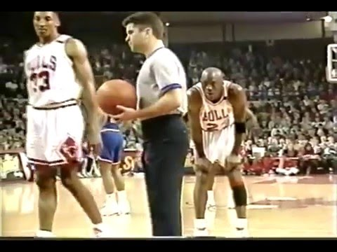 Download  Michael Jordan Age 29 44 Pts, 21/32 66% FG Vs. Cleveland Cavs March 28, 1992 720p Gratis, download lagu terbaru