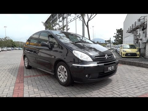 2004 Citroen Xsara Picasso Start-Up. Full Vehicle Tour and Quick Drive