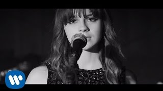 Gabrielle Aplin - Light Up The Dark (Official Video)