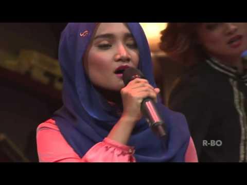 Fatin - Grenade by Bruno Mars on Hitam Putih T7, 24 Agustus 2015