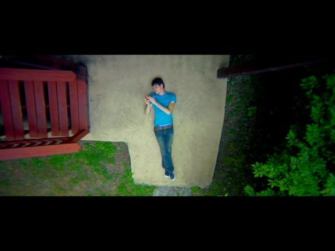 JULIAN SMITH - Got my Mac on with iPhone3GS (Official Music Video) Music Videos