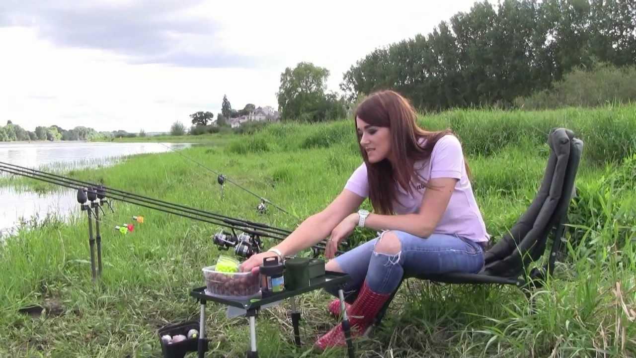 Le crochet pour la pêche comme lier et