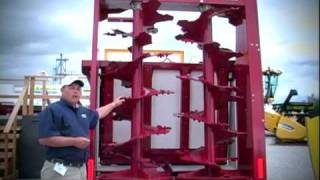 New Holland Agriculture -- HydraBox 425V & 550V Vertical Beater Manure Spreader