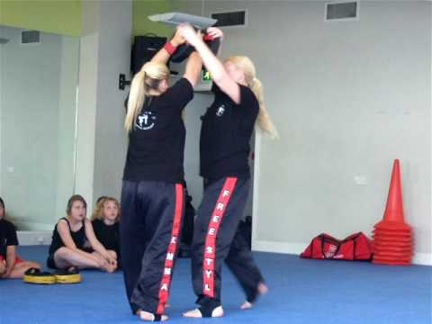 Kickboxing Elbows & Knees Combination Image 1