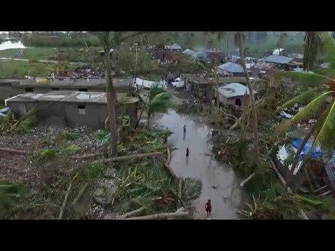 "Hurricane Matthew: ""Worst disaster to hit Haiti since 2010 earthquake"""