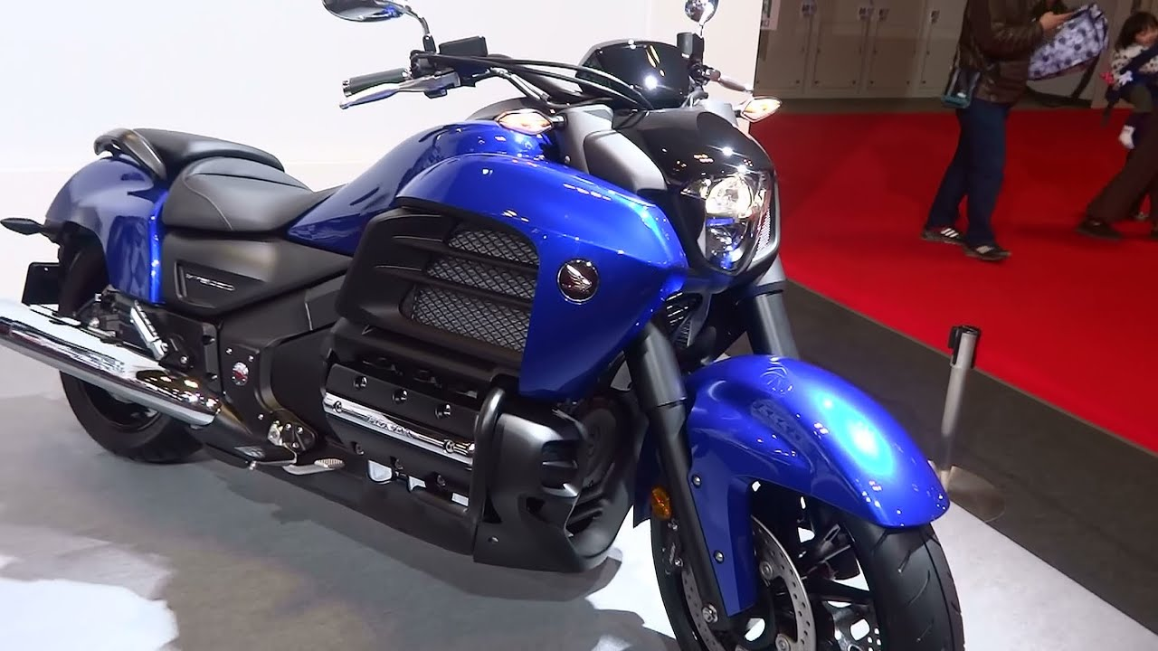 Honda F6C Gold Wing Valkyrie 2014 - YouTube