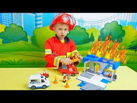 Пожарная станция и пожарный Даник - Игровое видео для ребёнка. Курносики Junior