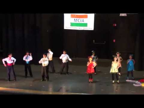 Mcia 2012 Kids Talen Show - Wonder Kids - Retro Dance On 70s Bollywood Songs video