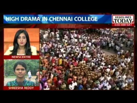 Teacher Trashed By Mob In Chennai For Allegedly Attacking A Student video