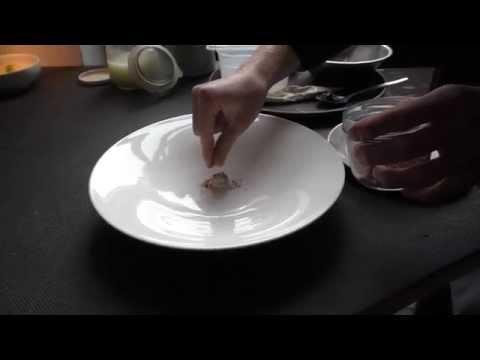 Dessert making at the Michelin star restaurant Reinstoff in Berlin