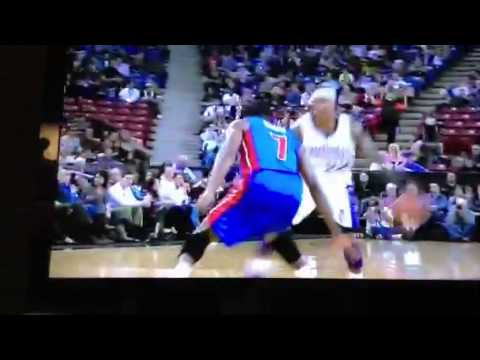 Isaiah Thomas -Sacramento Kings - nasty crossover - 11/7/12
