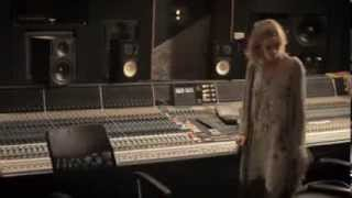Delta Goodrem Innocent Eyes 10th Anniversary Edition (making Of)
