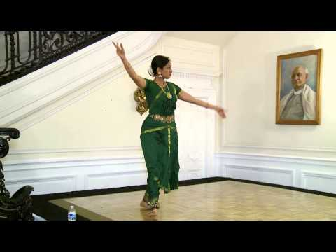 Mother - A Tribute Bharatanatyam Dance By Vidhya Subramanian And A Talk By Prof. Ipshita Chanda. video