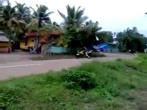 Motos - Haciendo el tonto con la moto