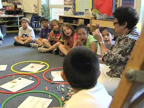 US Schools Try New Bilingual Education Method