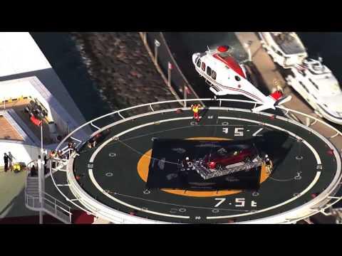 Centenario de Aston Martin, un Vanquish volando sobre Dubai